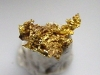 Gold kristallin 6 mm Brusson, Val d'Aosta, Italien